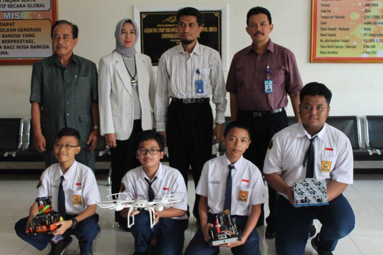 SMP BSS Ikuti Olimpiade Robotic Internasional